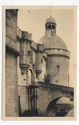 HAUTEFORT - N° 108 - LE CHATEAU - LE PONT LEVIS - CPA NON VOYAGEE - Francia