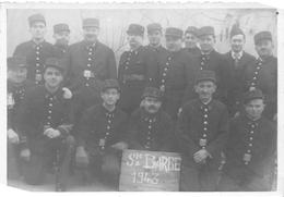 ¤¤  -  Carte-Photo  -  Groupe De Pompiers Pour La Sainte-Barbe De 1943   -  ¤¤ - Sapeurs-Pompiers