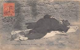 75 - PARIS / Les P'tits Métiers De Paris - Sur Les Quais - L'heure De La Sieste - Clochard - Superbe Cliché Animé - Petits Métiers à Paris