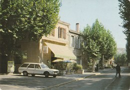 CPSM 13  SEPTEMES ROUTE NATIONALE CENTRE VILLE 403 BREAK - Frankrijk