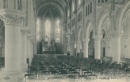 78 LE CHESNAY / Intérieur De L'Eglise Saint Antoine De Padoue / - Le Chesnay