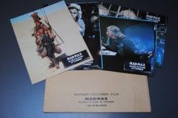Lot De 8 Photos D'exploitation En Salle Du Film MAD MAX 3 - Cinema Advertisement
