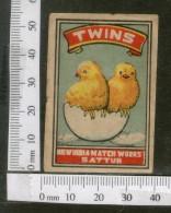 India 1950's Bird Twins Chicken Brand Match Box Label Animal # MBL104 - Matchbox Labels