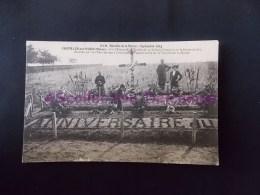 229 Bataille De La Marne Chatillon Sur Morin Tombe De 33 Soldats Francais Sr La Route De Seu - Châtillon-sur-Marne