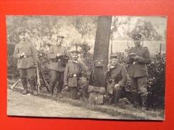 AK Soldatengruppe Fernmelde Telefon Ausrüstung Gewehre 1915 - Weltkrieg 1914-18