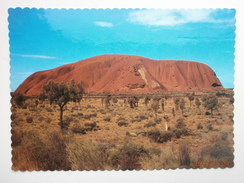 Postcard Ayres Rock [ Uluru ] Viewed From The South NT PU 1990 My Ref B231 - Uluru & The Olgas