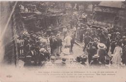 CATASTROPHE DE VILLEPREUX Les CLAYES  Le 18 Juin 1910 - Une équipe D'Ouvriers S'occupe Au Déblaiement De La Voix. - Villepreux