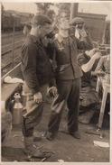 3 Photo Guerre WWII Groupe Militaire Allemand Train Chemin De Fer - Guerre, Militaire