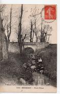 CPA.69.Messimy.Pont Pilan.femme Qui Lit Et Un Enfant - France
