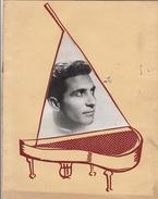 Album Réalisé Par La SIPA Autographe Gilbert Becaud Delanoé 16 Pages - Autographes