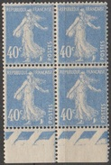 France 1927-31 N°  236 NMH Semeuse Camée Fond Plein Bloc De Quatre (D26) - 1906-38 Semeuse Con Cameo