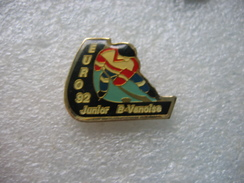 Pin's Hockey Sur Glace: EURO 92, Junior B-VANOISE - Skating (Figure)