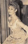 Autographe De Brigitte Bardot 53 - Autógrafos