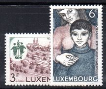 XP2077 - LUSSEMBURGO 1968 , N. 726/727   ** MNH .  MERSCH - Lussemburgo