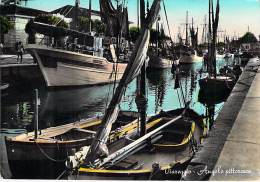 "BATEAU A VOILE "" S. PASQUALE ""  VIAREGGIO - Sailboat Segelboot Zeilboot Velero Barca A Vela Veleiro CPSM GF 1957 - Velieri"
