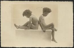 ENFANTS 1923 : Mis En Scène Nus - Scènes & Paysages