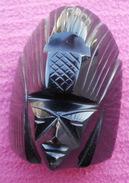 STATUE, Sculpture  EN OBSIDIENNE, DIVINITE AZTEQUE  Du Mexique Hauteur 9 Cm - Sculptures
