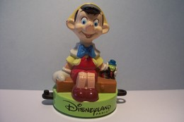 DISNEY  --- PINOCCHIO - Disney