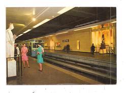 Paris Métro--(B.7317) - U-Bahnen