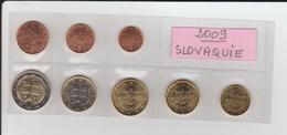 2009 - SLOVAQUIE - Série Des 8 Pièces Euro. - Provenance De Rouleaux -  Voir Les 2 Scannes. - Slovaquie