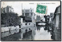 91 CORBEIL CPA Vue Sur L'Essonnes, Derrière Le Théâtre, Voyagé En 1908, Dos Div, Pli Oblique - Corbeil Essonnes