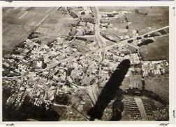 Village Bulgare  Vue Prise De Zeppelin (on Voit L'ombre Du Zeppelin Sur La Photo) - Vieux Papiers