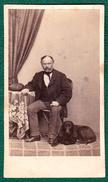 CDV Prag 1860er - Feiner Herr Mit HUND - Alte (vor 1900)