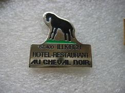 """Pin's De L'Hotel - Restaurant , """"Au Cheval Noir"""" à ILLKIRCH (Dépt 67) - Levensmiddelen"""
