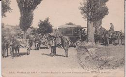 Militaria :  Soldat  Guerre 1914 , Cavalier Anglais Et Français Pendant Un Défilé De Turcos - Guerre 1914-18