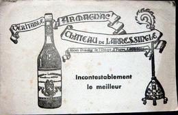 2 BUVARDS  ALCOOL ARMAGNAC CHATEAU DE LARRESSINGLE 32 CONDOM  GERS  COGNAC   BON ETAT LOT DE 2 BUVARDS - Liquor & Beer