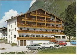 Mandarfen: BMW 520 E12, FORD 20M COUPÉ, VW PASSAT & 411LE, RENAULT 4 SAFARI, DATSUN SUNNY 120Y - Hotel 'Wildspitze' - - PKW