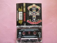 GUNS N' ROSES K7 AUDIO VOIR PHOTO...ET REGARDEZ LES AUTRES (PLUSIEURS) - Audio Tapes