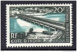 A. O. F. N° 65 X Inauguration Du Pont D´Abidjan Trace De Charnière Sinon TB