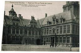 Veurne, Furnes,  Onder De Kogels, Stadhuis En Het Gerechtspaleis  (pk32502)