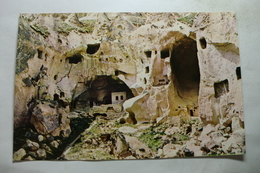 Zelve - Peribacalari Ve Hiristiyan Evleri - Turkey