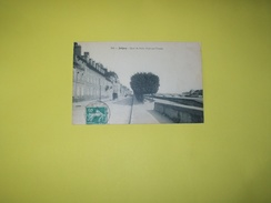 Cpa  204.  Joigny .Quai De Paris, Pont Sur L'Yonne - Joigny