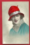 PRR-15  Jeune Femme à Chapeau. Mode. Cachet 1932, Timbre Manque - Mode
