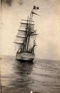 Thematiques 50 Manche Granville Voilier La Victoire En Mer