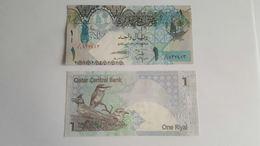 Billet Qatar 1 RIAL 2008 Neuf_UNC 10 BILLETS 10 EUROS - Qatar