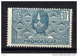 MADAGASCAR - N° 169** - FEMME BETSILEO