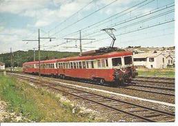 56 - UNE AUTOMOTRICE TRIPLE Z 7100 A DONZERE. JUIN 1982 - Donzere