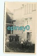 B - 03 - VICHY -  Construction D'une Maison ? - Religieux - Maçon -  Photo Lestrade - Vichy