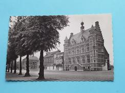 Stadhuis () Anno 19?? ( Zie Foto Voor Details ) !! - Hoogstraten