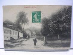 80 - DOMINOIS - LA PLACE - ANIMEE - 1910 - France