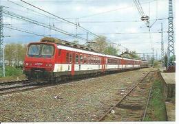 87 - TRAIN TOULOUSE-CAHORS AVEC DES AUTOMOTRICES ELECTRIQUES Z 2 , QUITTANT LA GARE DE SAINT-JORY EN MAI 1989 - France