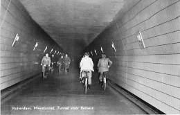 NEDERLAND Holland Pays Bas ( Zuid Holland ) ROTTERDAM : Maastunnel , Tunnel Voor Fietsers - CPSM Photo PF - ( Holland ) - Rotterdam