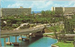 BAHAMAS  -  LUXURY HOTELS.........  ( Scan Veerso). - Postkaarten