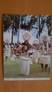 UN GROUPE DE DANSEUSES ET DANSEURS EN APARIMA Carte Postale Neuve Années 70 Très Bon état Dos Partagé - Polynésie Française