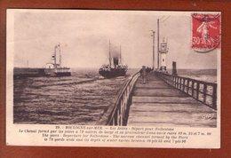 1 Cpa Boulogne Sur Mer Les Jetees - Boulogne Sur Mer