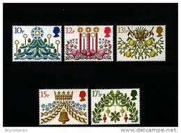 GREAT BRITAIN - 1980  CHRISTMAS  SET  MINT NH - 1952-.... (Elisabetta II)
